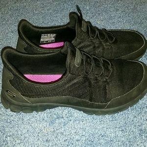 Skechers pull on sneakers